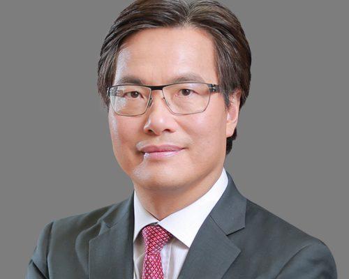 Dr. Au Siu Kie