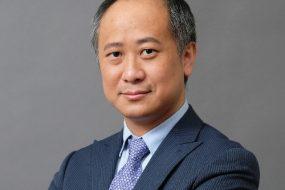 Dr. Michael Yang