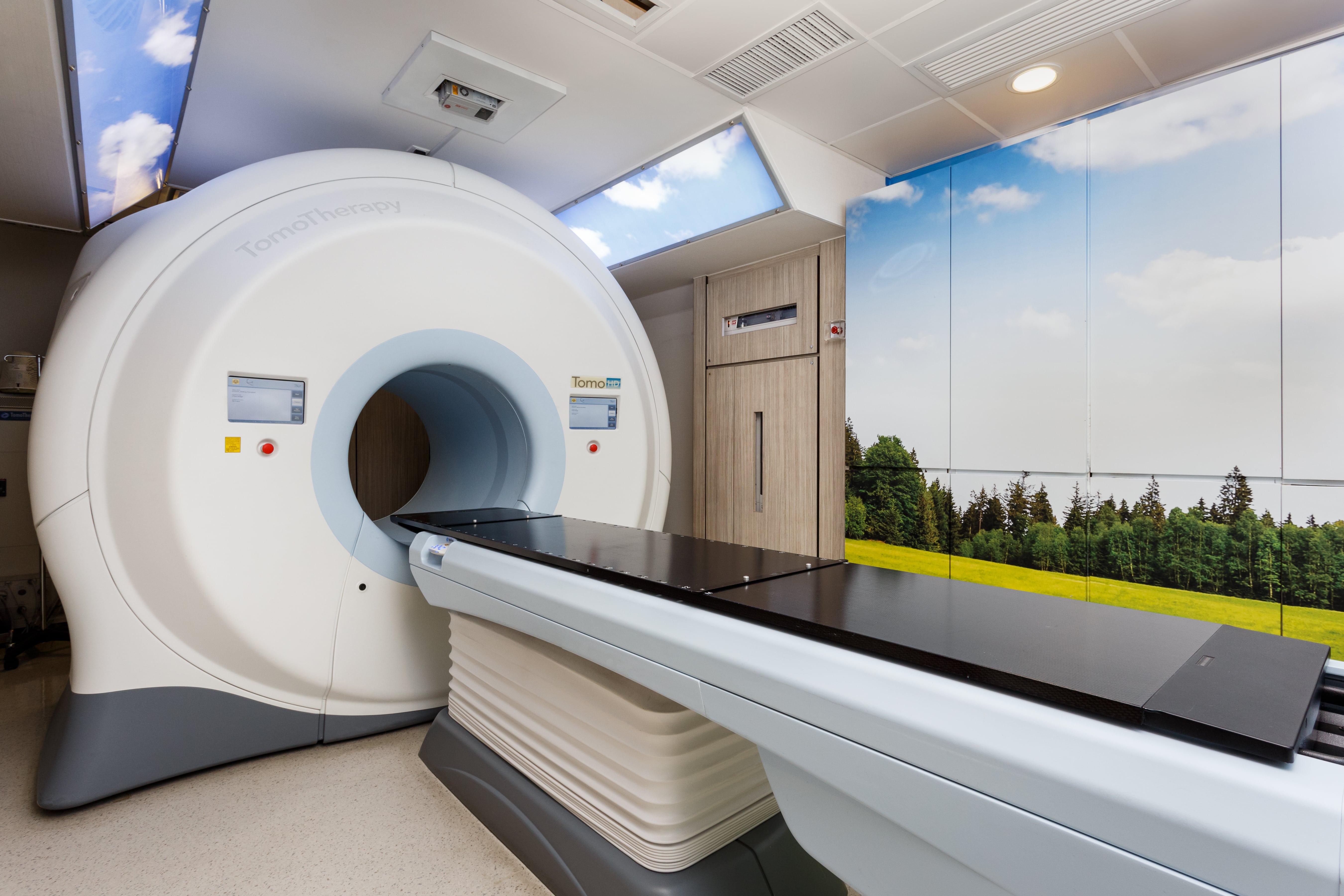近年立體定向電療技術(SBRT)越來越成熟,此技術高度集中向腫瘤釋放高劑量的射線,同時減少對周邊的副作用。